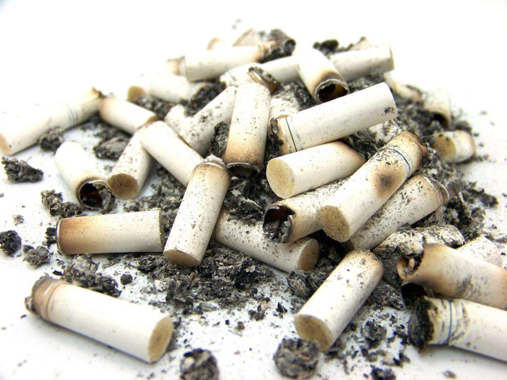 chlap-nekouří-cigarety